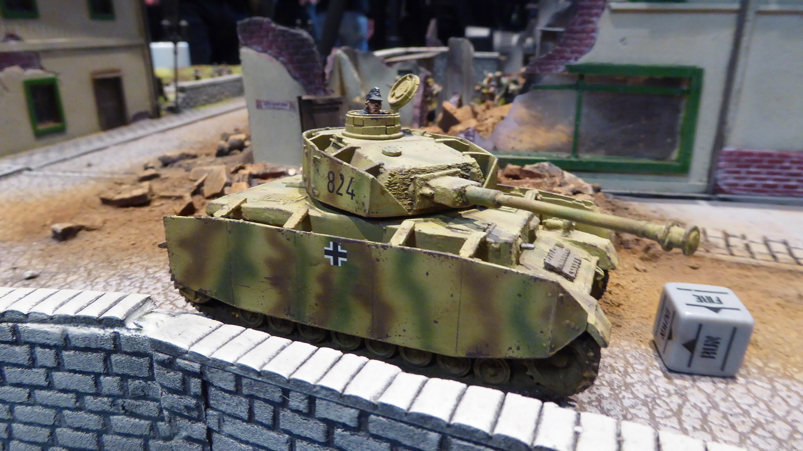 2016_boltaction_warlord_16